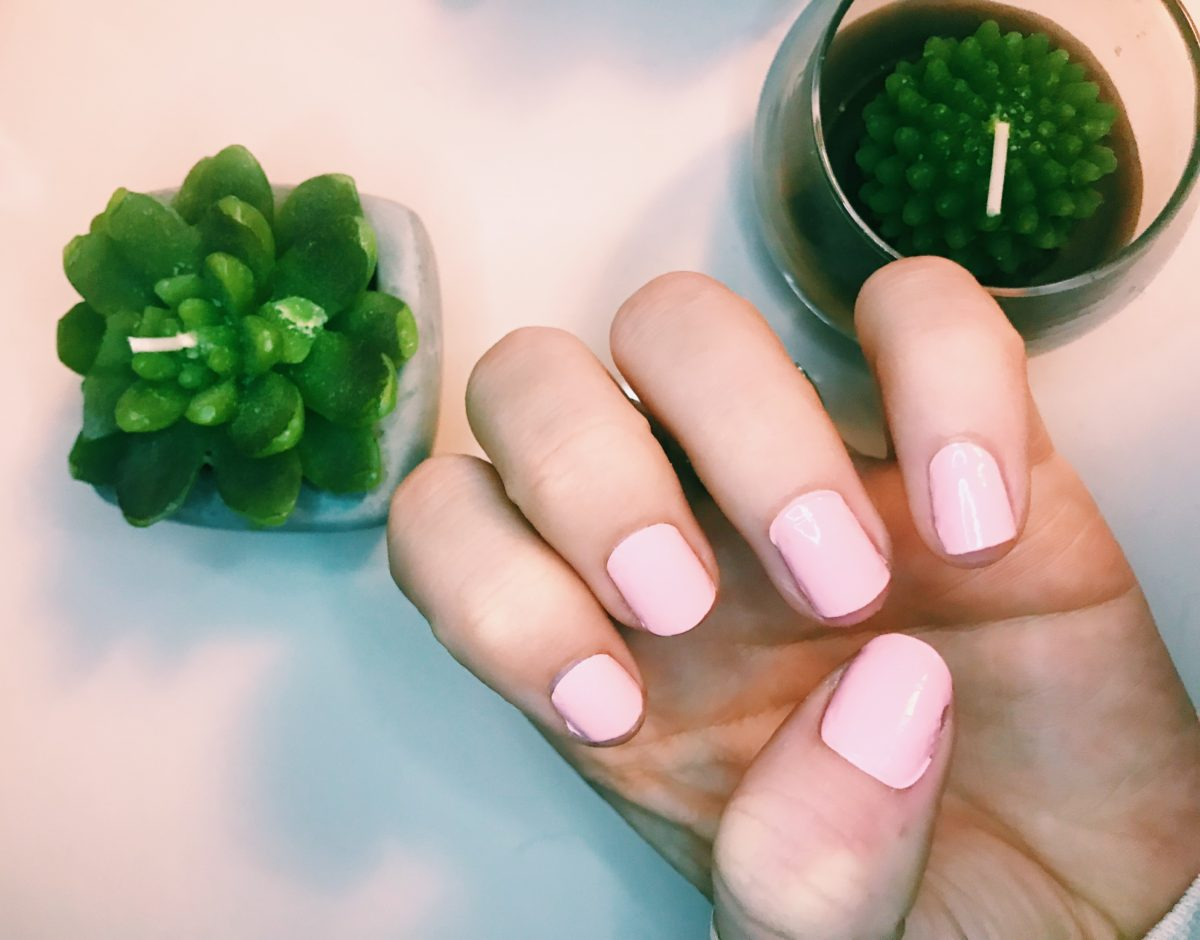 How to Get Cute Nails for Lazy Girls | Caro Strachan